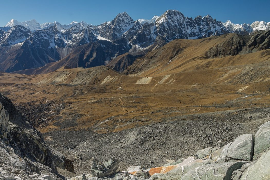 View Westwards From  Cho  La 5368M