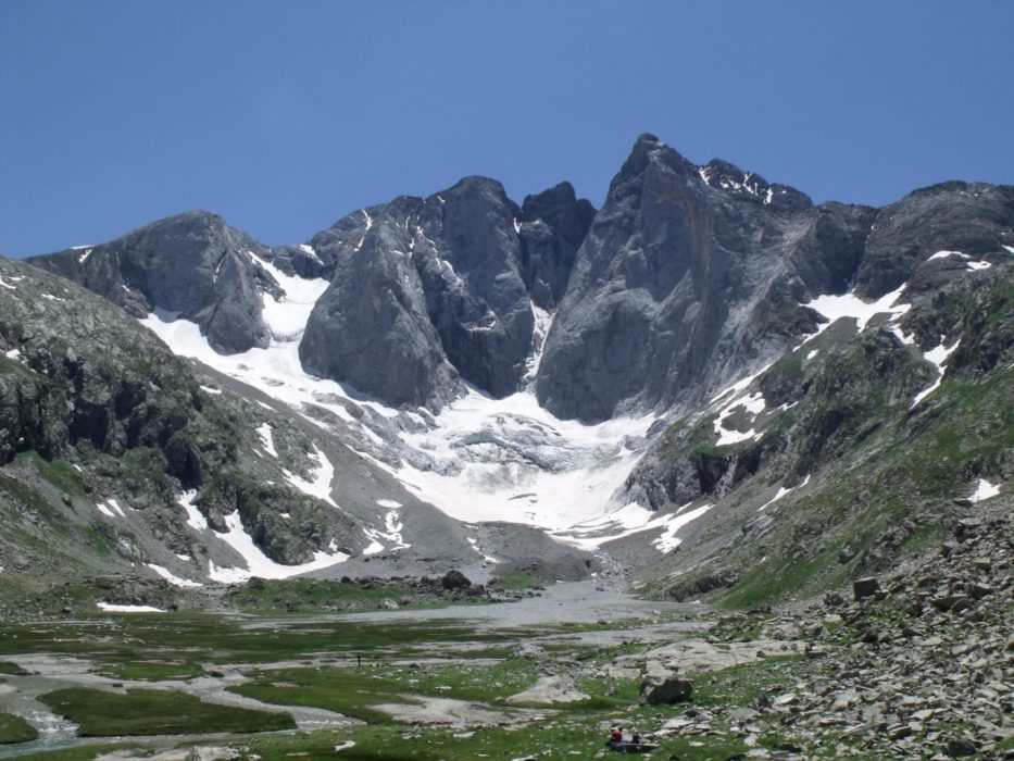 North Face Of  Vignemale From  Ouletes De  Gaube  Gr10
