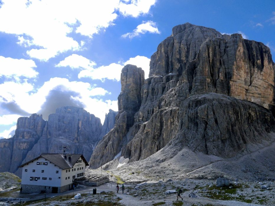 Refugio  Pisciadu In The  Italian  Dolomites