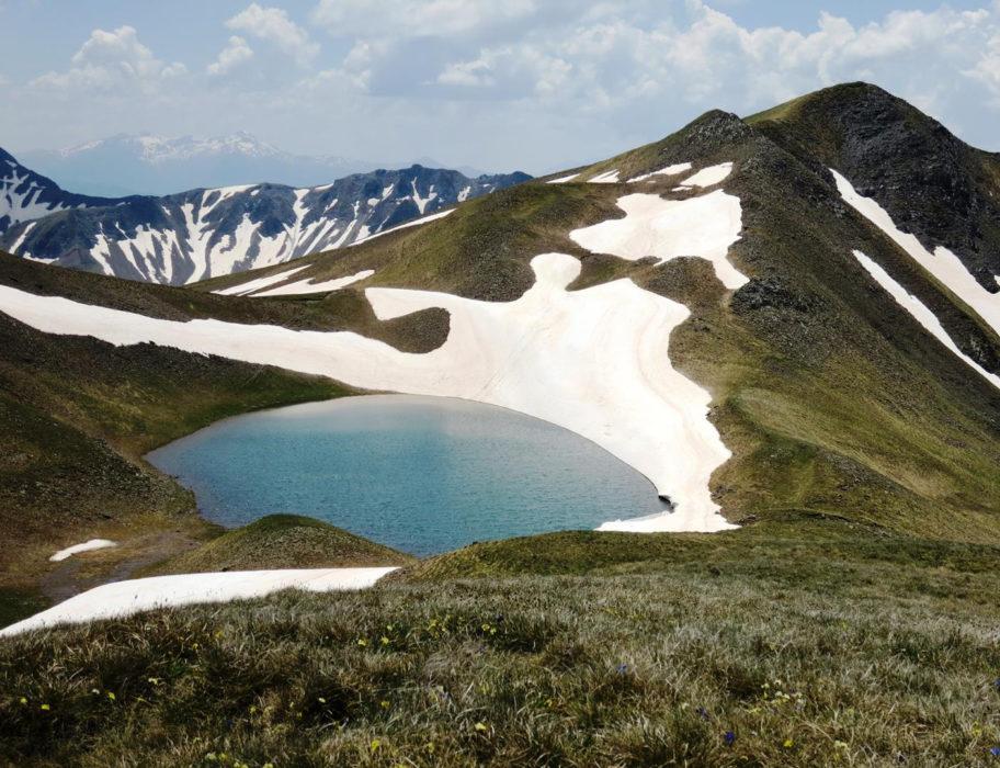 Dragon  Lake  Grammos