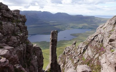 The sandstone finger from the summit ridge of Stac Pollaidh