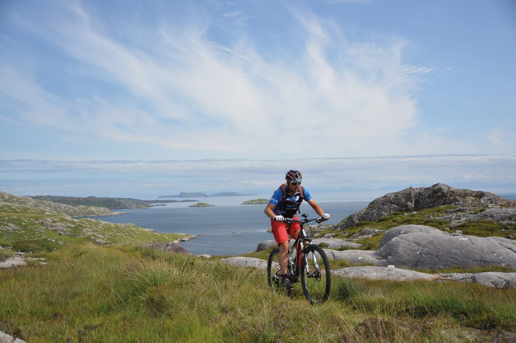Sea, summits and superb singletrack on Harris