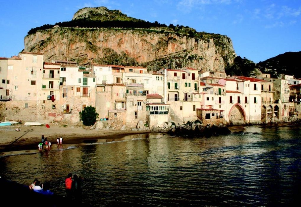 Cefalu - walking in Sicily with a Cicerone guidebook