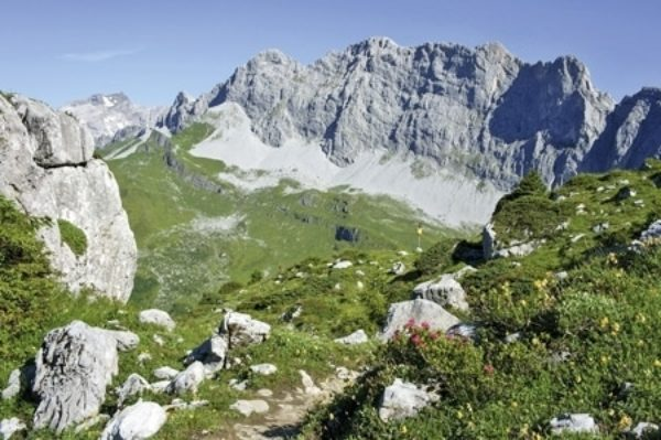 Trekking in The Ratikon And Silvretta Alps
