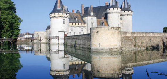 An intro to... the Loire Cycle Route