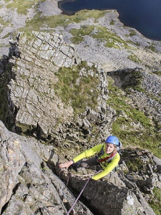 Superb hard scrambling above the Table on Cyfrwy Arete – it had to go in the book! © Carl McKeating & Rachel Crolla
