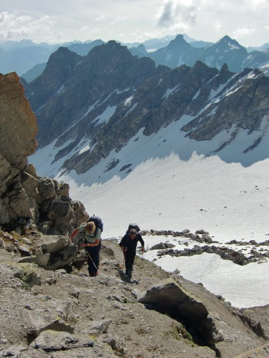 Ascent of the Mittelrücke between two small glaciers