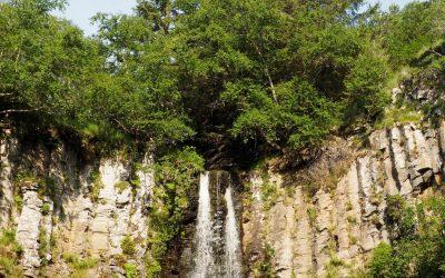 Mortes De Guery River Falling Over A Columnar Basalt Cliff