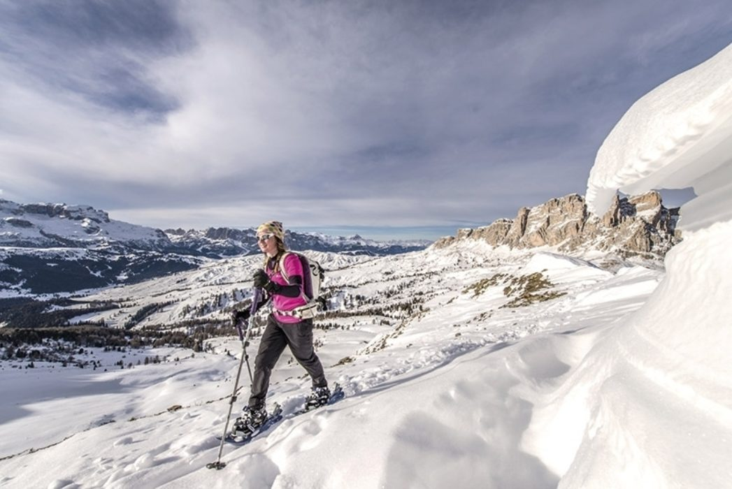 745 Sp3  Ski Touring and Snowshoeing in the Dolomites